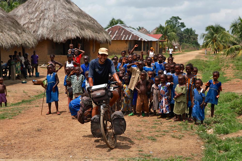 Op de fiets door Sierra Leone