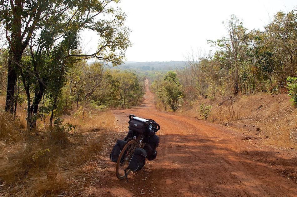 Fietsen bij Boé en Gabu Guinee-Bissau