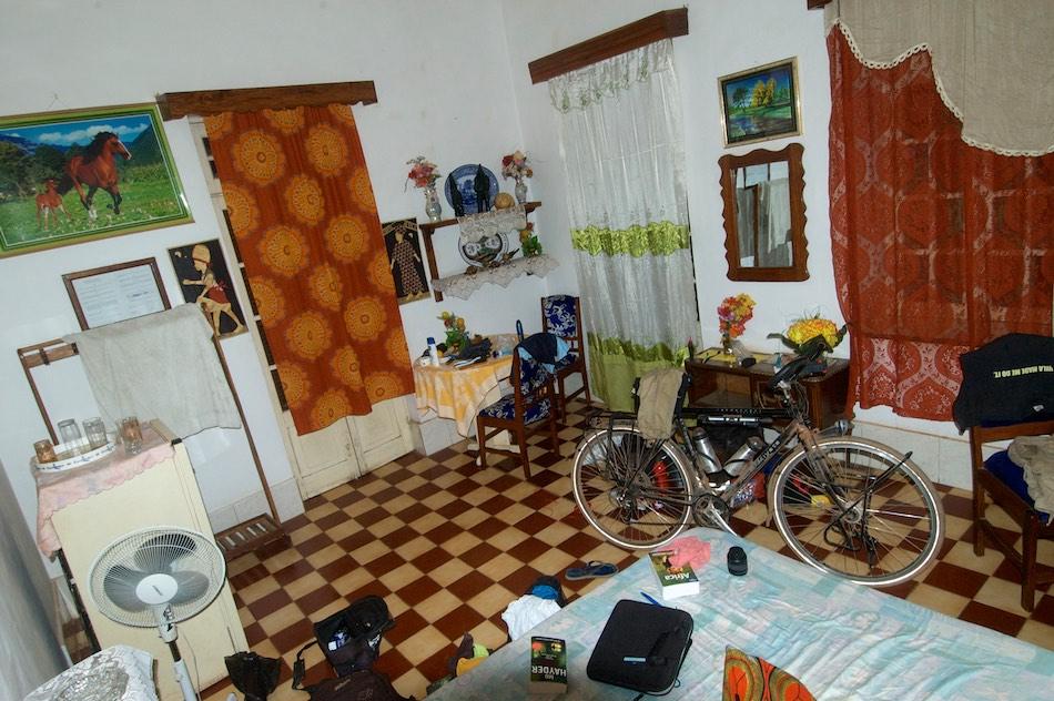 fiets op de kamer Gabu Guinee-Bissau