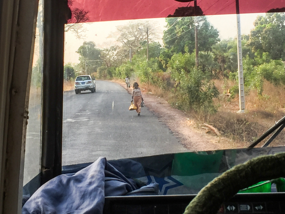 Thionk Essyl bus naar Niafrang Senegal