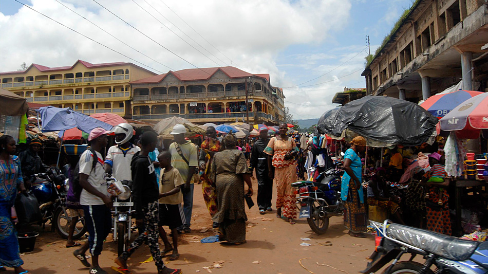 Kindia Guinee straatbeeld