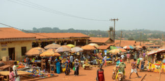Bertoua Kameroen straatbeeld