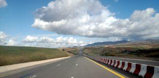 Nieuwe weg van Lagos naar Algiers