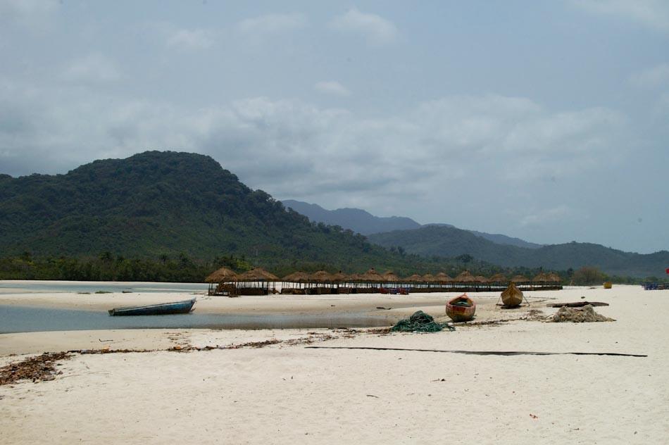River No 2 Beach